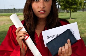 Выпускники , время искать работу!